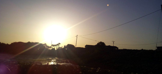 Puesta de Sol en la Bahía de Monterrey, California